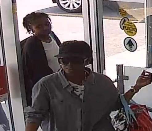 Ottawa Police Service East Criminal Investigations Unit and Crime Stoppers are seeking the public's assistance in identifying a group of 3 female suspects who are responsible for multiple shopliftings in […]