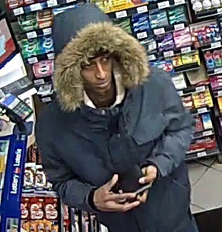 (Ottawa) – The Ottawa police Service Robbery unit is seeking the public's help to identify two suspects involved in a robbery which occurred on Saturday, February 16, 2019 at 12:10am […]