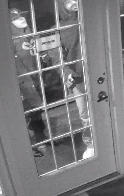(Ottawa) – The Ottawa Police Break and Enter Unit is seeking the public's assistance in identifying two suspects responsible for a break and enter in the 100 block of Cardevco […]