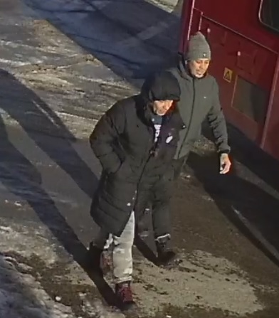 Suspects to identify in commercial Break and Enter on Carling Avenue